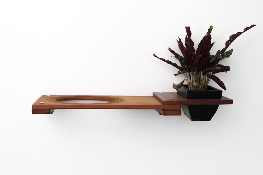 """English Chestnut bamboo wood 18"""" Escape Hatch with planter attachment with plant"""