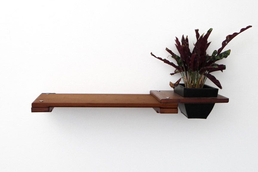 English Chestnut bamboo wood shelf with planter attachment with plant